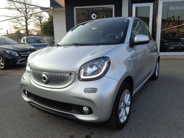 smart forFour 70 1.0 twinamic Passion Pneumatici 4 stagioni